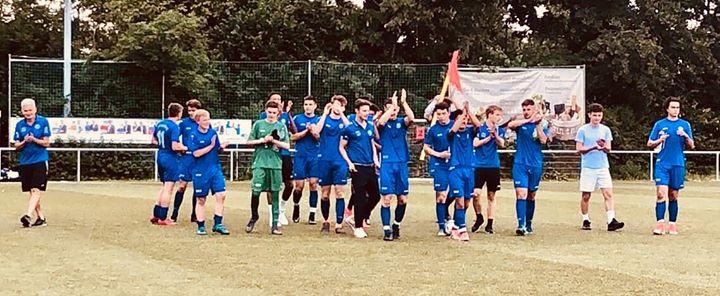 Eine grandiose Saison unseres U17 (B Jugend) Verbandsligisten, der seine Saison stolz als VIZEMEISTER…