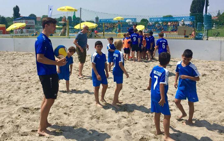Engel & Völkers Beach Football Turnier für E-Jugend Mannschaften auf der Neckarwiese. Eine tolle…