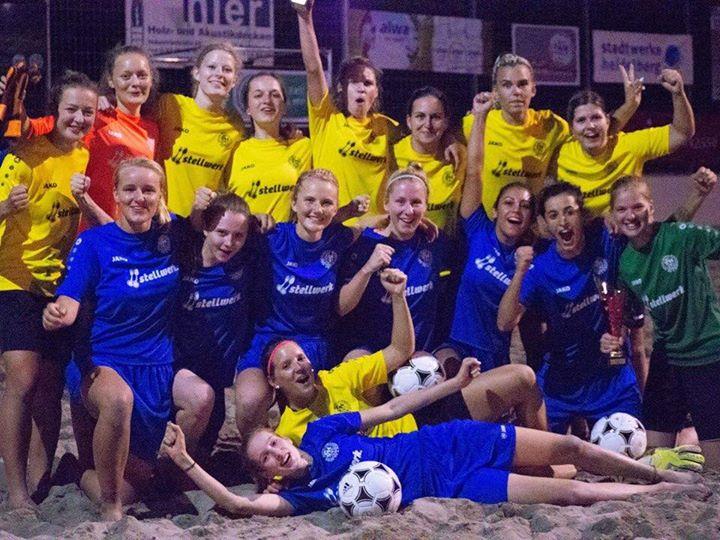 Unsere Damen gewinnen den 7. Sparkassen Beachsoccer-Cup 2018 in Bammental Die SGK Damen starteten…